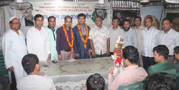 জেলা শিল্পকলা একাডেমী চট্টগ্রামে বিনোদনের রঙ এর ৪র্থ বর্ষপূর্তি অনুষ্ঠিত